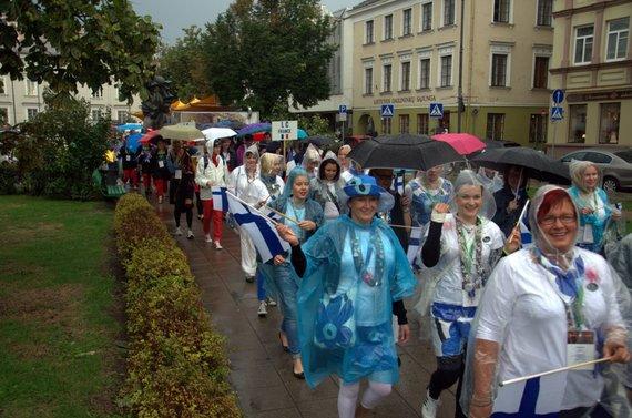 Eitynių organizatorių nuotr./Suomijos ir Prancūzijos delegacijos