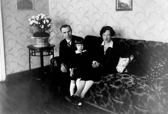 J..Tūbelis su žmona Jadvyga Chodakauskaite ir dukra Marija