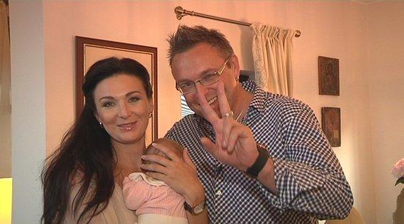 TV3 nuotr./Egmontas Bžesas su žmona Reda