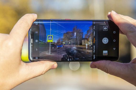 """Luko Balandžio / 15min nuotr./""""Huawei Mate 20 Pro"""""""
