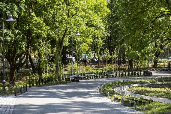 Luko Balandžio / 15min nuotr./Vilniaus Reformatų parkas beveik baigtas tvarkyti