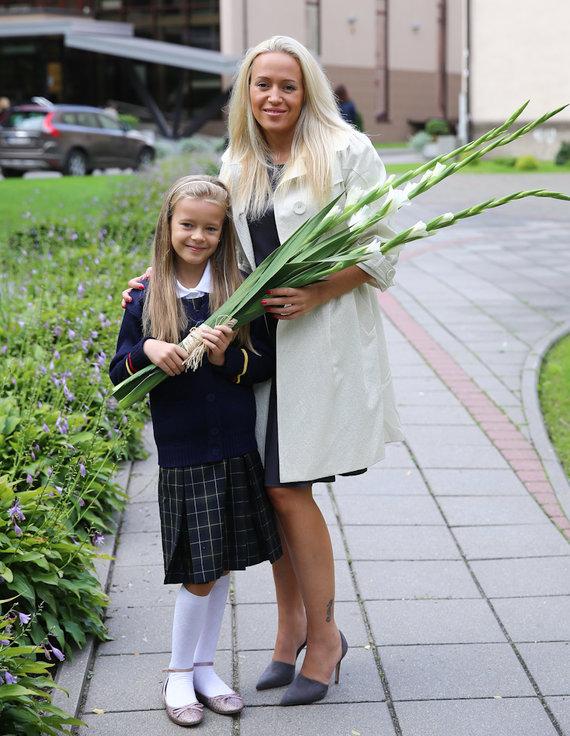 Luko Balandžio/Žmonės.lt nuotr./Elena Puidokaitė-Atlanta su dukra Saule