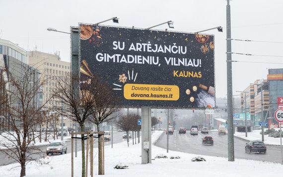 Luko Balandžio / 15min nuotr./Kaunas sveikina Vilnių su gimtadieniu