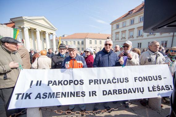 Luko Balandžio / 15min nuotr./Pensininai proteste atspėjo konkrečius Vyriausybės planus