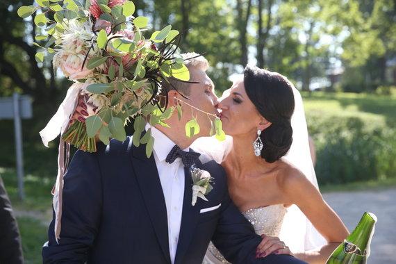 Viganto Ovadnevo/Žmonės.lt nuotr./ Vestuvių akimirka