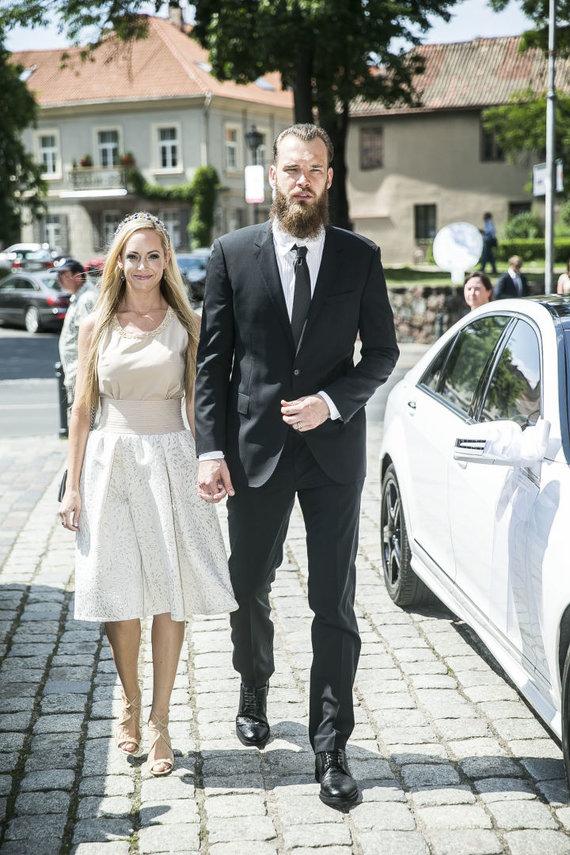 Viganto Ovadnevo/Žmonės.lt nuotr./Antanas Kavaliauskas su žmona Amanda