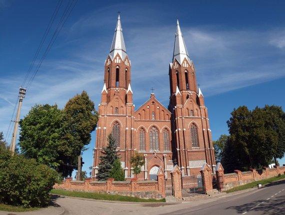 Shutterstock nuotr./Anykščių bažnyčia