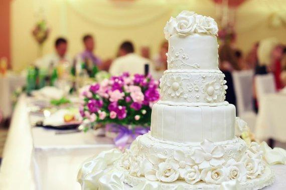 Shutterstock nuotr./Vestuvių tortas