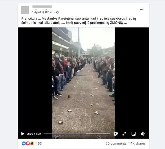 """Ekrano nuotr. iš """"Facebook""""/Bandoma sudaryt įspūdį, kad policininkai protestuoja prieš karantiną"""
