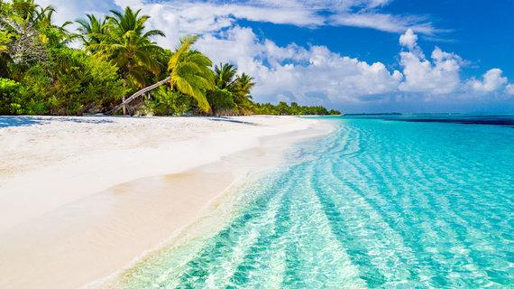 Shutterstock.com nuotr./Maldyvų paplūdimiai