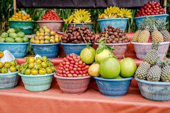 Shutterstock.com nuotr./Vaisių turgus