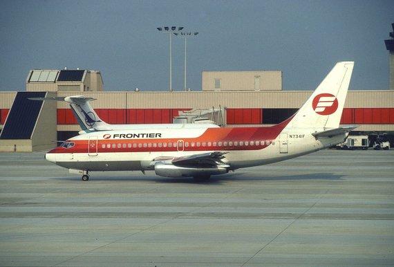 """""""Wikimedia Commons"""" nuotr./Vienas seniausių tebenaudojamų """"Boeing 737-200"""" savo karjeros pradžioje"""