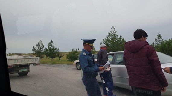 V.Mikaičio nuotr./Kažkur Turkmėnistano keliuose