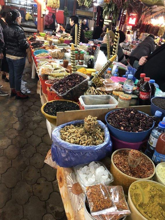 Kalnuose.lt/Kutaisi turgus