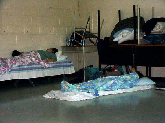 Šiaurės Atlanto koledžo nuotr./Keliautojai miega koledže