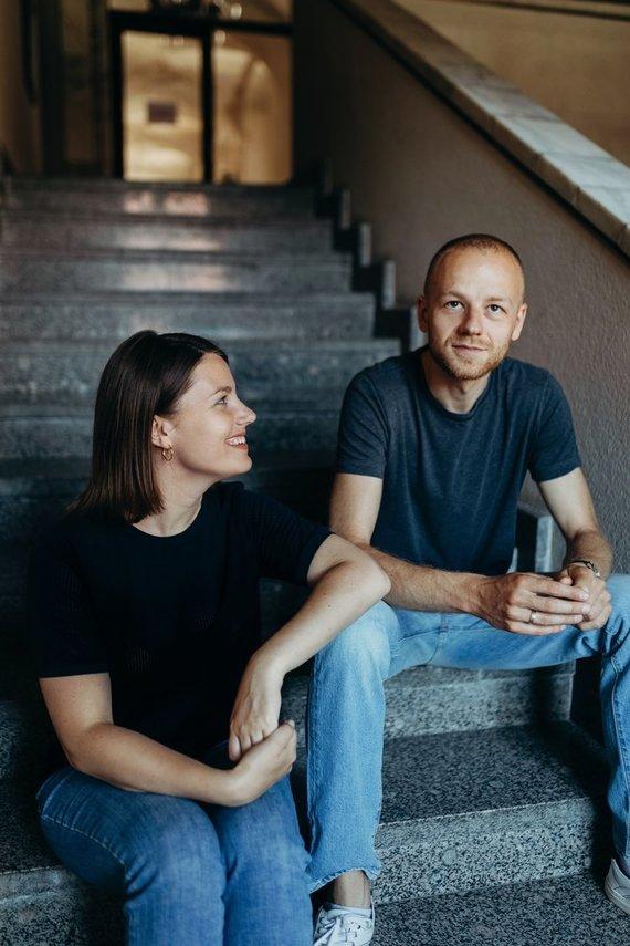 Agnės Kertenytės nuotr./Albertas Kazlauskas ir Viktorija Bružaitė-Kazlauskienė