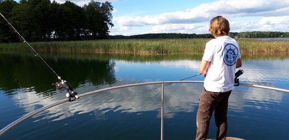 """""""Ežerų pramogos"""" nuotr./Žvejyba su gidu"""