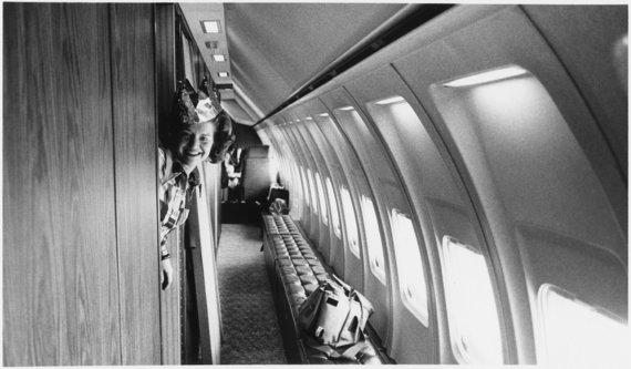 Gerald R. Ford Presidential Library and Museum nuotr./1975 m. Pirmoji ponia Betty Ford ir lėktuvo salono vaizdas