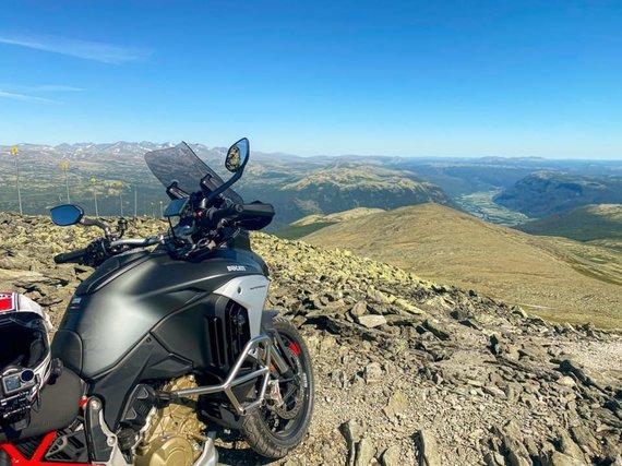 NemoLTU nuotr./Kelionė motociklu Norvegijoje