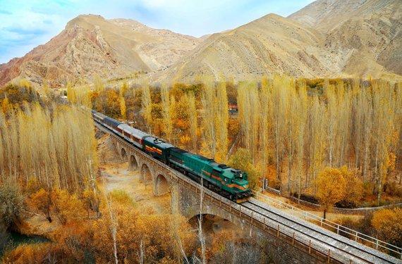 Hossein Javadi/UNESCO nuotr./Transirano geležinkelis