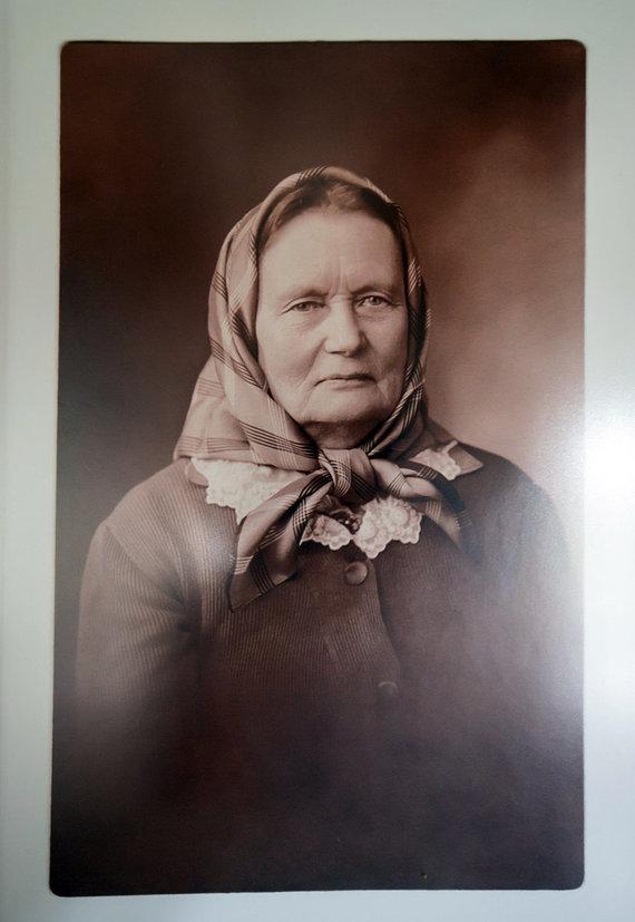 Ramūno Guigos nuotr./Bukantės dvarelyje įkurtame Žemaitės memorialiniame muziejuje nuo sienos žvelgia rašytoja, apie kurią ne viską iki šiol žinojome.