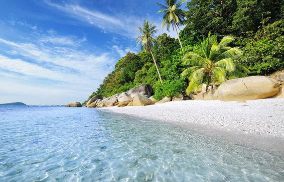 Shutterstock.com nuotr./Perhentiano salos paplūdimys