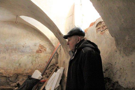 R.Keliuotytės ir A.Kazlausko archyvo nuotr./Senasis gyvenamasis namas slepia bene 300 kv. m dydžio arkinius rūsius