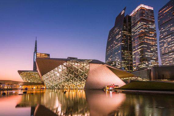 Shutterstock.com nuotr./Guangdžouoperos rūmai, Kinija