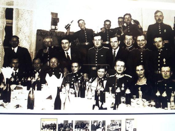 Ramintos Jonykaitės nuotr./Šmakovkos ragautojai (muziejaus ekspozicijos dalis)