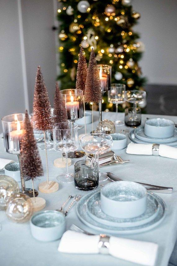 Asmeninio archyvo nuotr. /Kalėdinis stalo dekoras