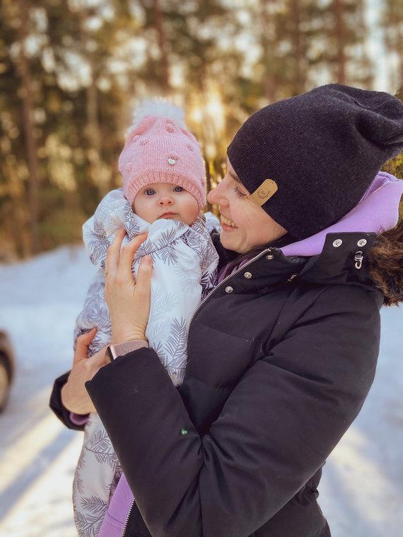 Asmeninio archyvo nuotr./Urtė Gylienė su dukryte Milda