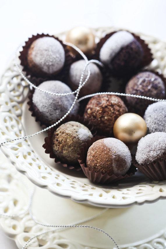 Aidos Chlebinskaitės nuotr./Šventiniai šokoladiniai triufeliai