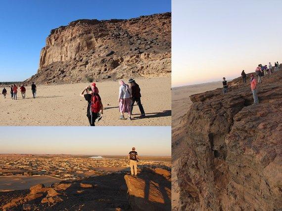 """Kelionių organizatoriaus """"GRŪDA"""" nuotr./Keliautojai ir Džebel Barkalio kalnas, Sudanas"""