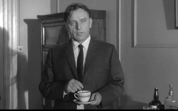 """""""YouTube"""" nuotr./Aktorius R.Burtonas, suvaidinęs """"Šnipas, kuris sugrįžo iš šalčio"""" personažą A.Lymą"""