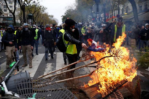"""""""Reuters""""/""""Scanpix"""" nuotr./Šeštadienio protestai Prancūzijoje"""