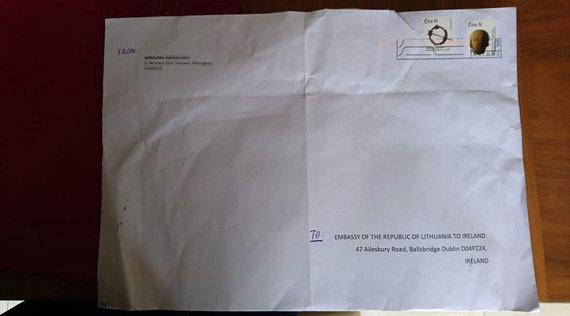 15min skaitytojo nuotr./Išankstinio balsavimo paštu užsienyje vokas
