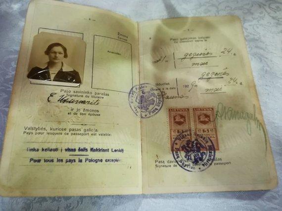 Emigrantės Emilijos Užunarytės pasas