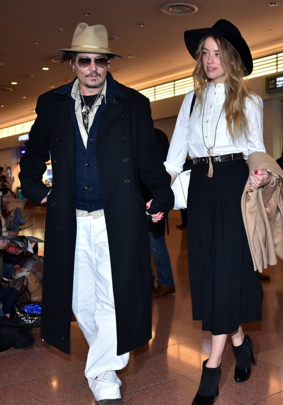 """Scanpix"" nuotr./Johnny Deppas su žmona Amber Heard"