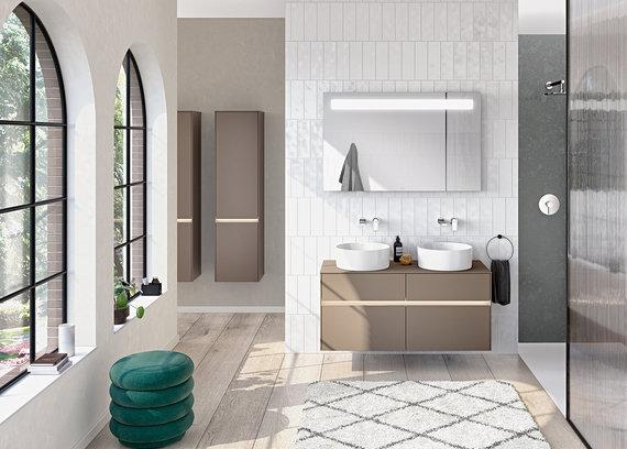 """Vonios kambario kolekcija """"Collaro"""" (gamintojas """"Villeroy&Boch"""")"""