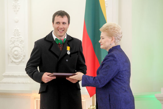Vidmanto Balkūno / 15min nuotr./Prezidentūroje apdovanotas Vaidotas Beniušis.