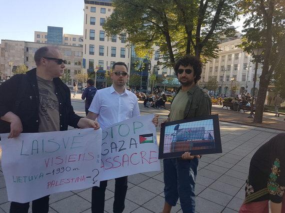 Vaidoto Beniušio nuotr. /Benjaminą Netanyahu Lietuvoje pasitiko dešimtys protestuotojų