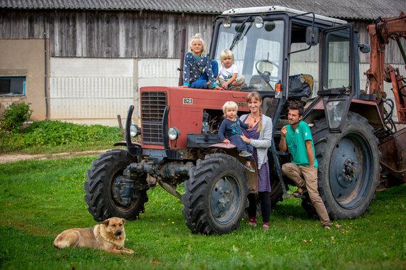 Vidmanto Balkūno / 15min nuotr./Virginija ir Andrius Šironai su vaikais