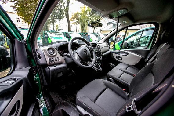 Vidmanto Balkūno / 15min nuotr./Valstybės sienos apsaugos tarnyba pristatė naujus tarnybinius automobilius