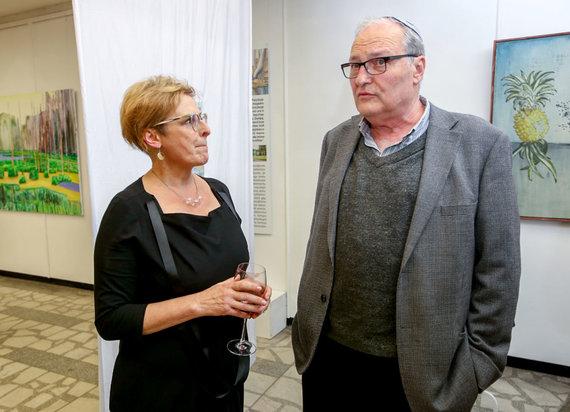 Vidmanto Balkūno / 15min nuotr./Rūta Vanagaitė ir Efraimas Zuroffas