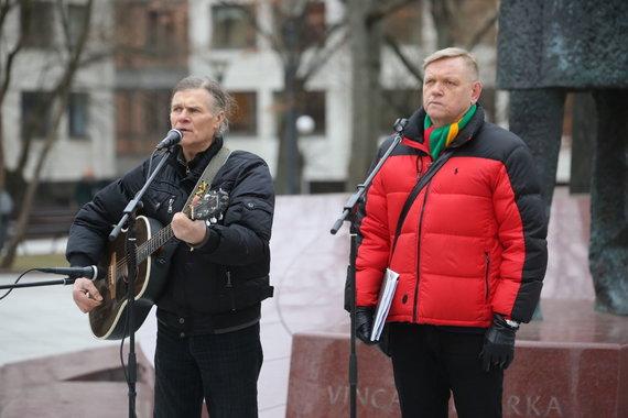 Vidmanto Balkūno / 15min nuotr./Mitingas prieš urėdijų reformą