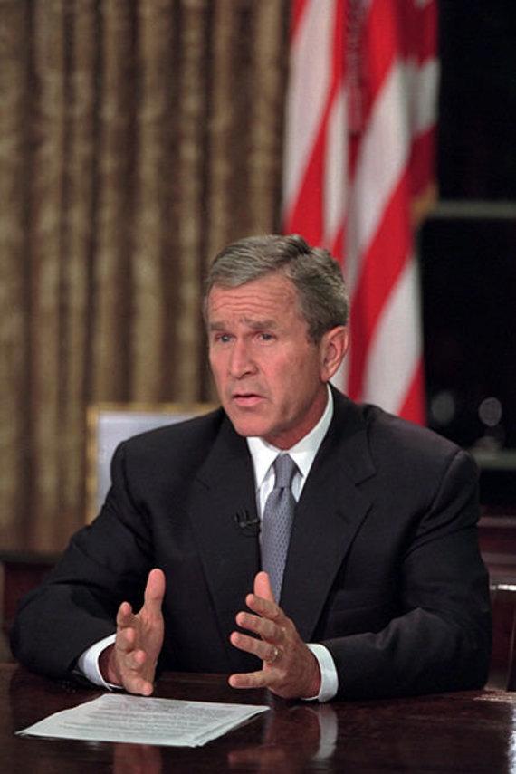 JAV nacionalinio archyvo nuotr./JAV prezidentas George'as Bushas 2001 rugsėjo 11-ąją