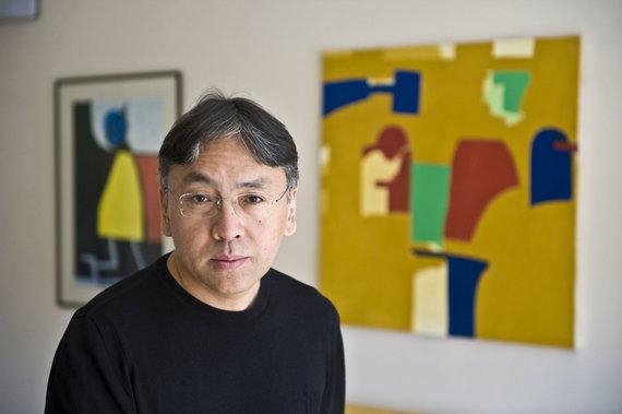 Vida Press nuotr./Nobelio literatūros premijos laureatu paskelbtas Kazuo Ishiguro