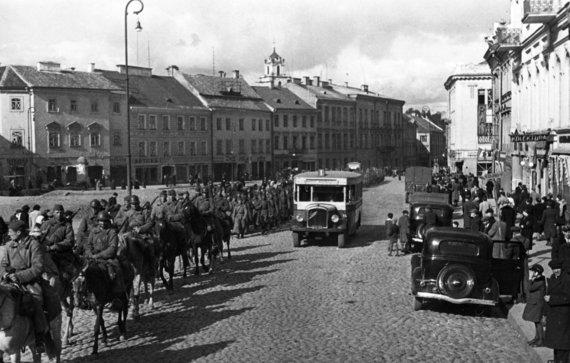 Vida Press nuotr./Raudonoji armija Vilniuje 1940 metais