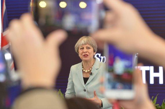 """AFP/""""Scanpix"""" nuotr./ Theresa May vizitas Kinijoje"""