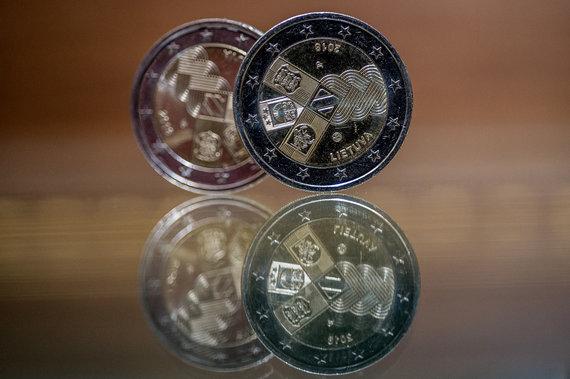 Alfredo Pliadžio nuotr./Lietuvos bankas išleido proginę monetą, skirtą Baltijos valstybių 100-mečiui